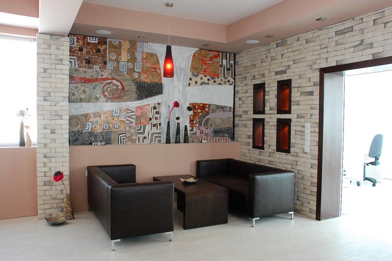 Изработка на арт керамика в Пловдив от Light on design за винарска къща